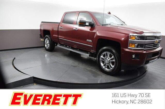Pre-Owned 2015 Chevrolet Silverado 2500HD High Country Crew Cab 4x4