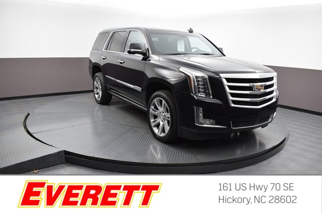 Certified Pre-Owned 2017 Cadillac Escalade Premium Luxury 4x4